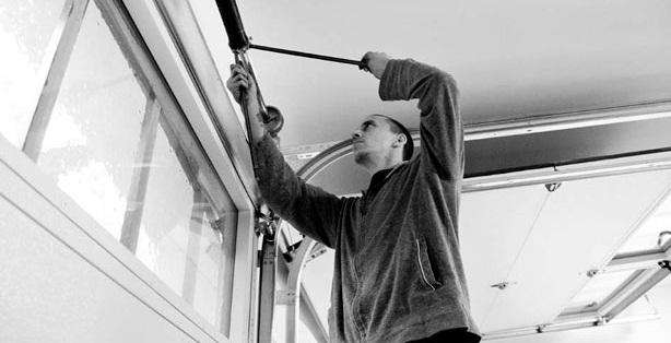 ... Garage Door Repair Services In Paradise Valley, AZ. At ...